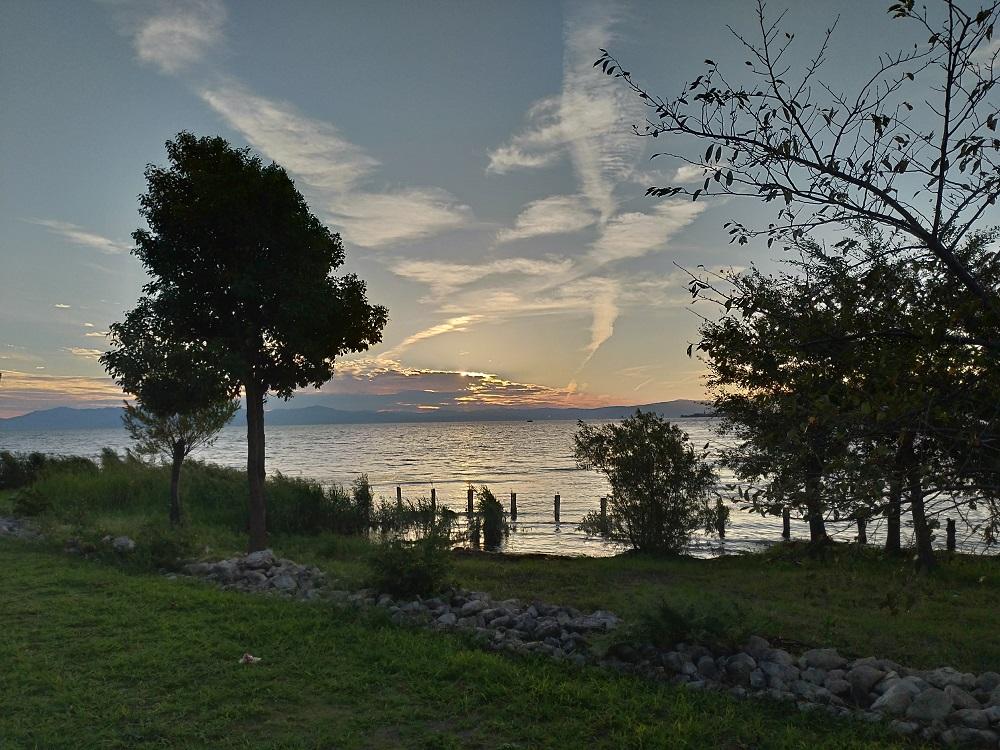 びわ湖夕日