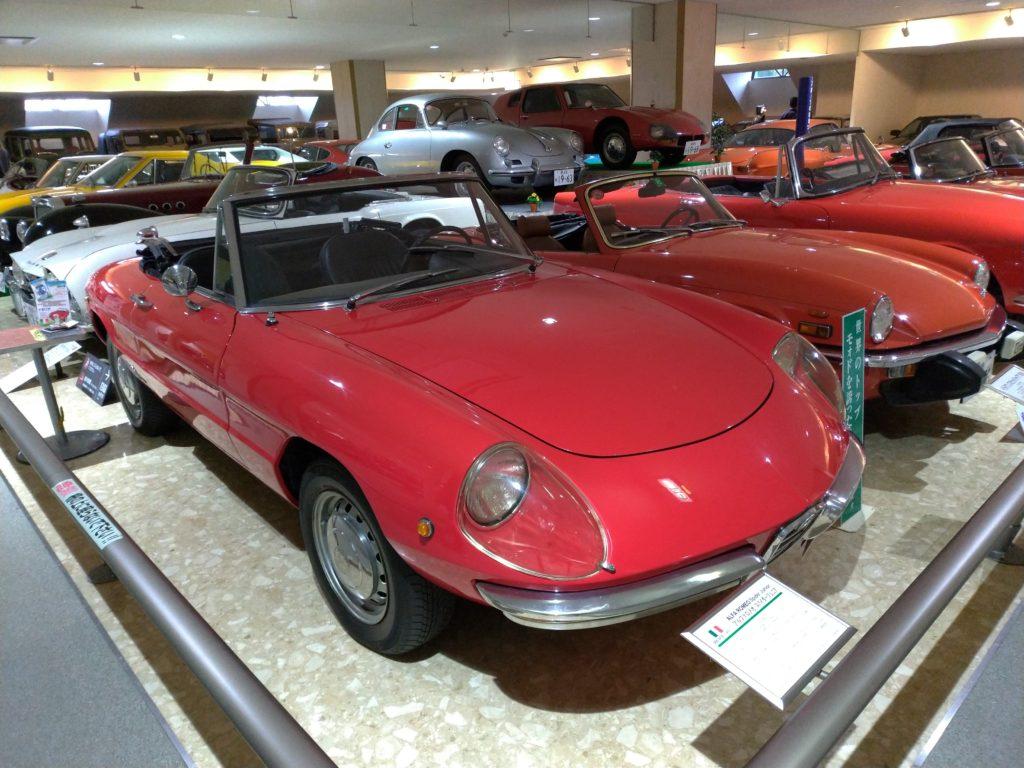 イタリア車アルファロメオ